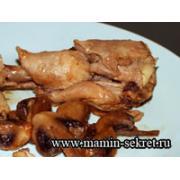 Куриные голени с грибами в пиве